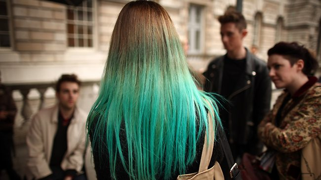green-tinted-hair